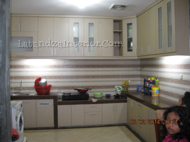 Exceptional ... Modern Kitchen Set Design